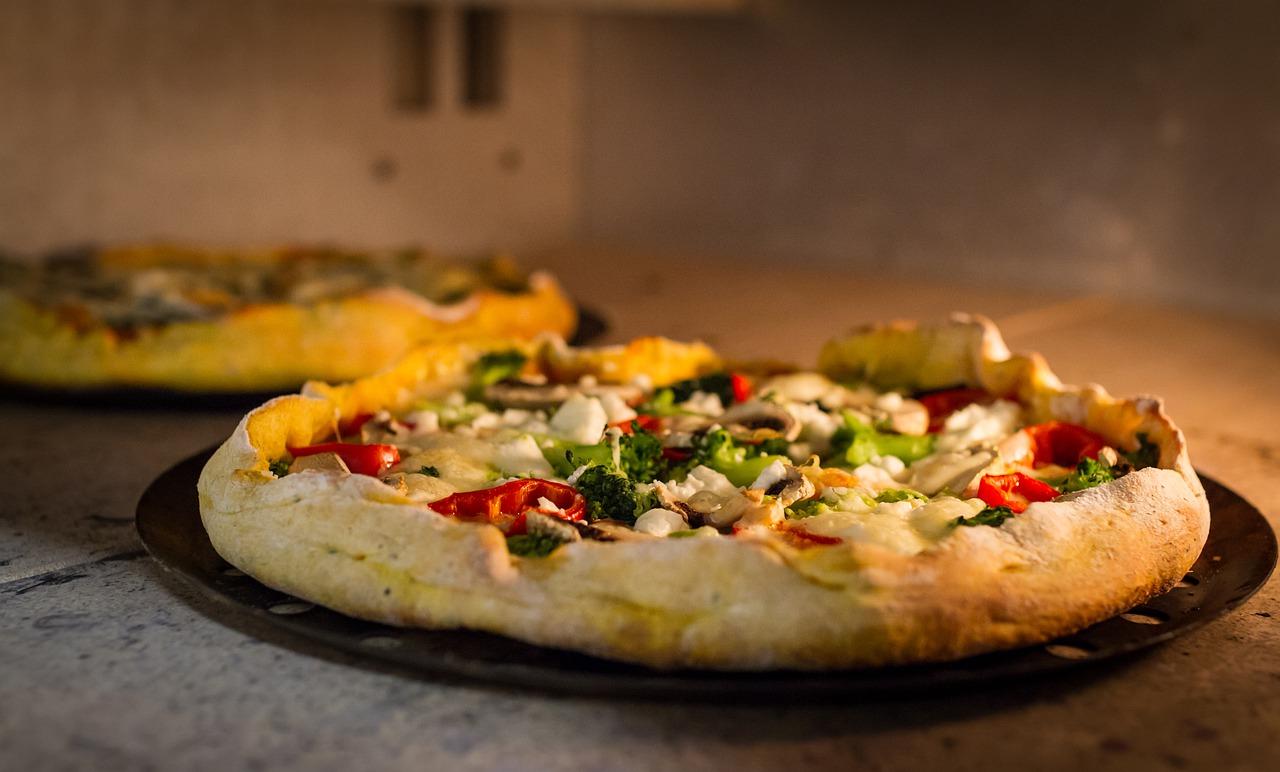 pizza senza mozzarella